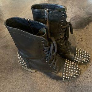 Steve Madden black leather studded moto boots 6